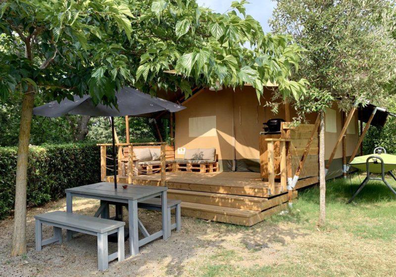 Lodge Tent esterno